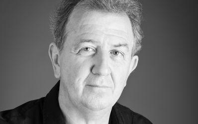 James Holmes Châtelet 2014